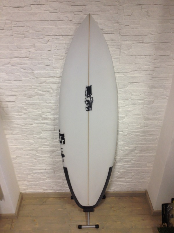 "altra -  JS Surfboard Black Box 2 5'11""x20'x2' 7/16"""