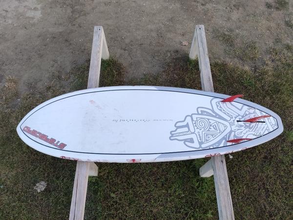 """Starboard - Sean Poynter Pro 7'7"""" x 27"""" x 3.8"""" x 92 L"""